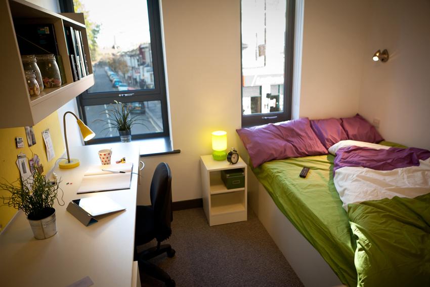 http-studentville.co_.ukgallery1338938963-FulhamPalaceRoadStudentAccommodationLondon02